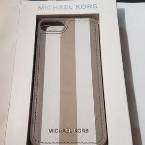 NEW! Michael Kors iPhone 7 Case - NWT